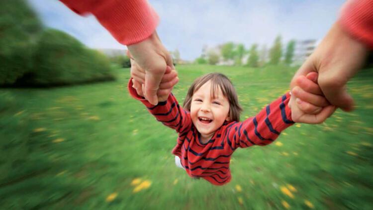 Zamanı Az Anneye Mutlu Çocuk İçin İpuçları